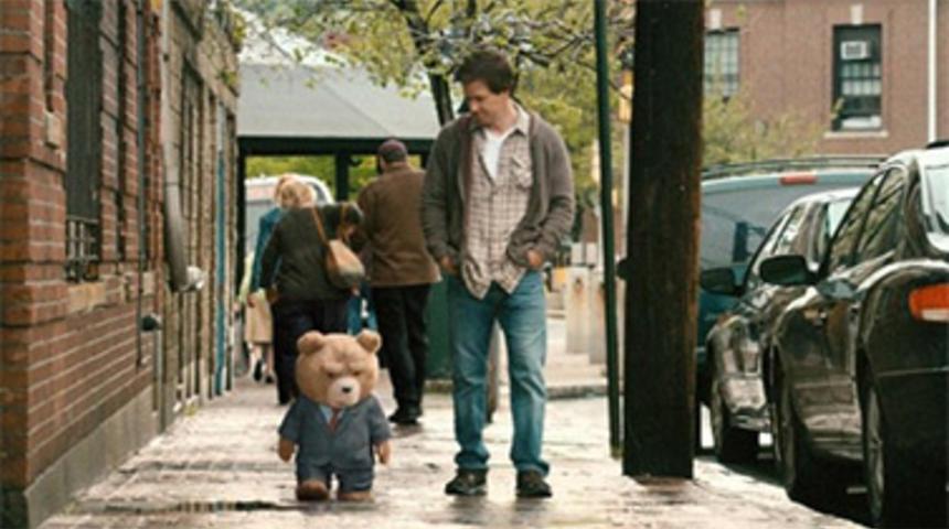 Universal Pictures confirme une suite à Ted et un cinquième Bourne