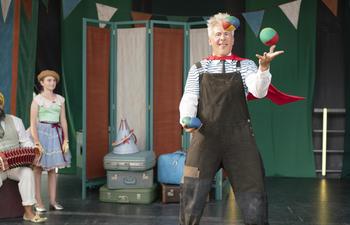Nouveautés : Mon cirque à moi et Unhinged