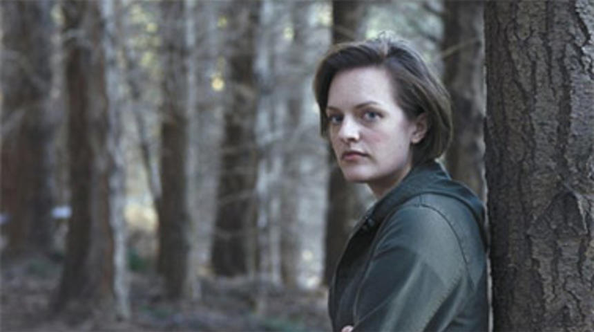 Elisabeth Moss dans le film d'horreur There Are Monsters