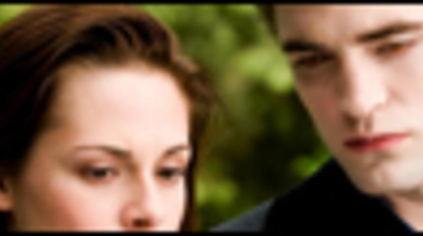 Box-office québécois : La saga Twilight : Tentation conserve le premier rang