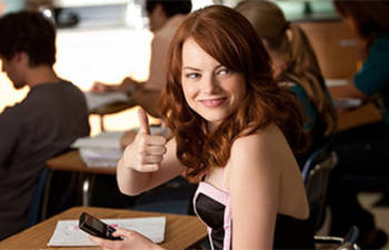 Emma Stone en négociations pour rejoindre le prochain film de Woody Allen