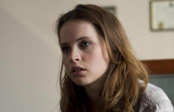 Felicity Jones incarnera l'héroïne du film The Invisible Woman