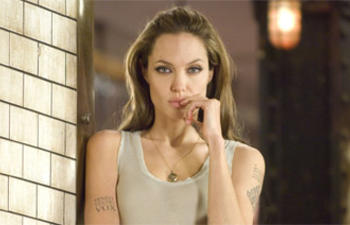Angelina Jolie abandonne Wanted 2 pour Serena