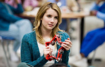 Emma Roberts dans Empire State