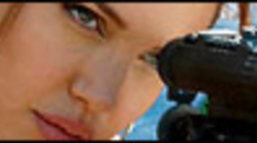 Angelina Jolie dans Gucci