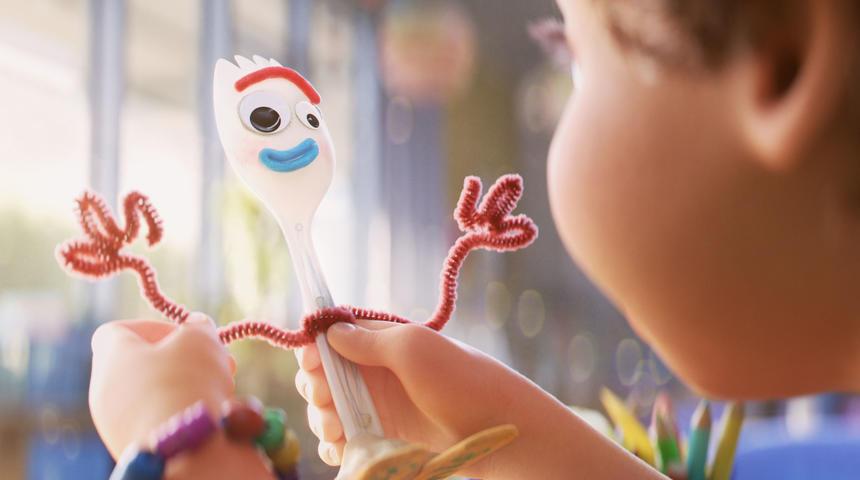 Entrevue : Forky deviendra votre nouveau personnage préféré de la franchise Toy Story