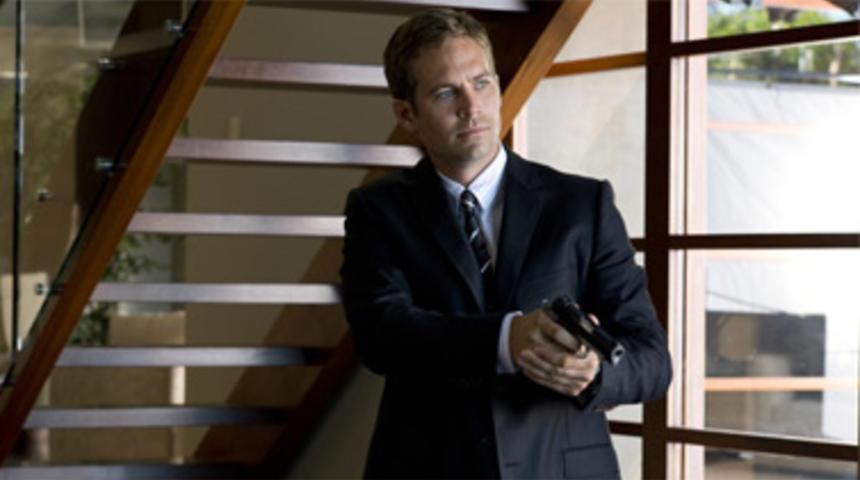Paul Walker dans le remake américain de Banlieue 13