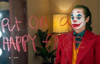 Contemplez les premières images du Joker