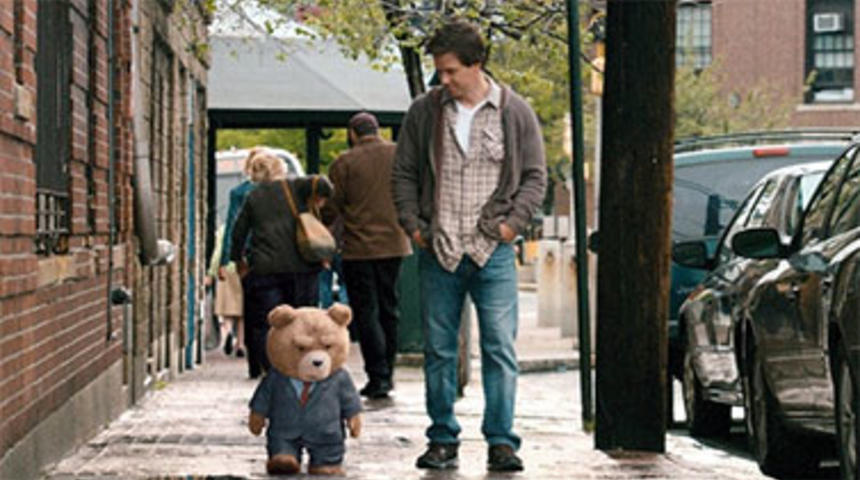 Box-office nord-américain : Ted arrive devant Magic Mike