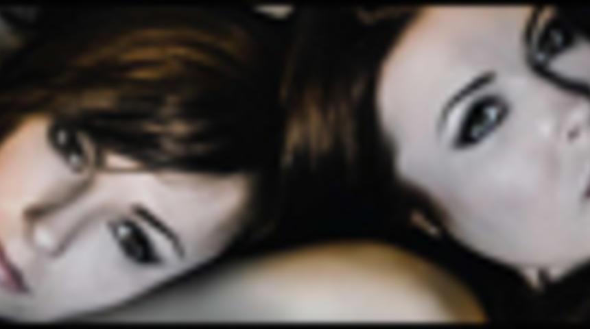 Primeur : Affiche en français du film d'horreur Serment Mortel